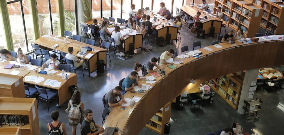 Solo 167 estudiantes reciben la beca de la Junta para acreditar el nivel B1 de idiomas