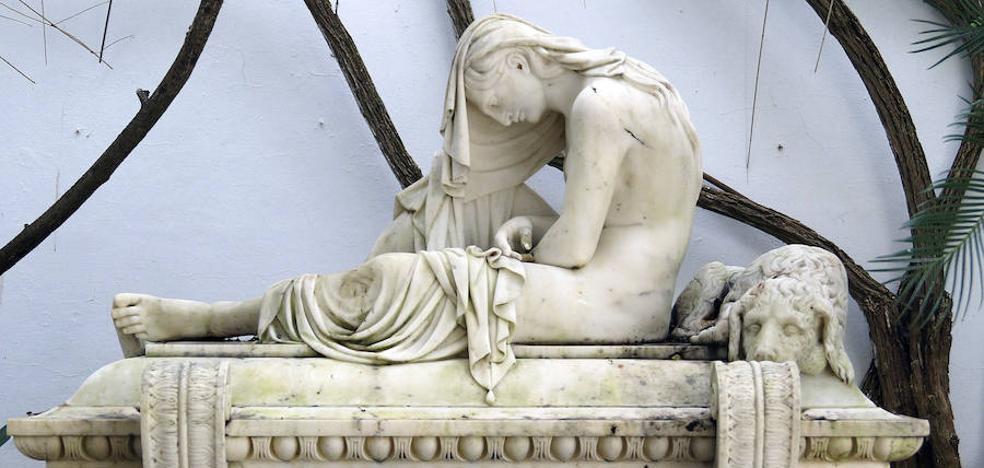Desaparece una escultura que iba a ser cedida al Museo de Málaga