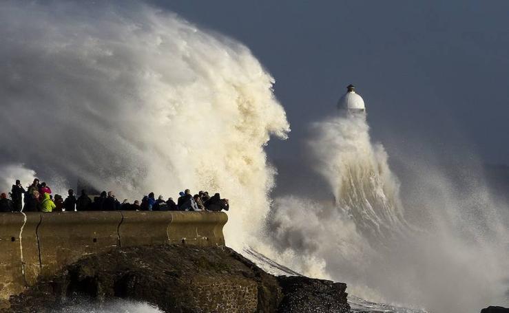 La tormenta Ophelia, en imágenes