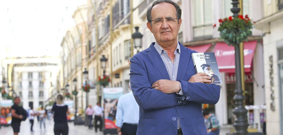 Manuel Alberca: «Todos tenemos una historia que no ha sido contada»