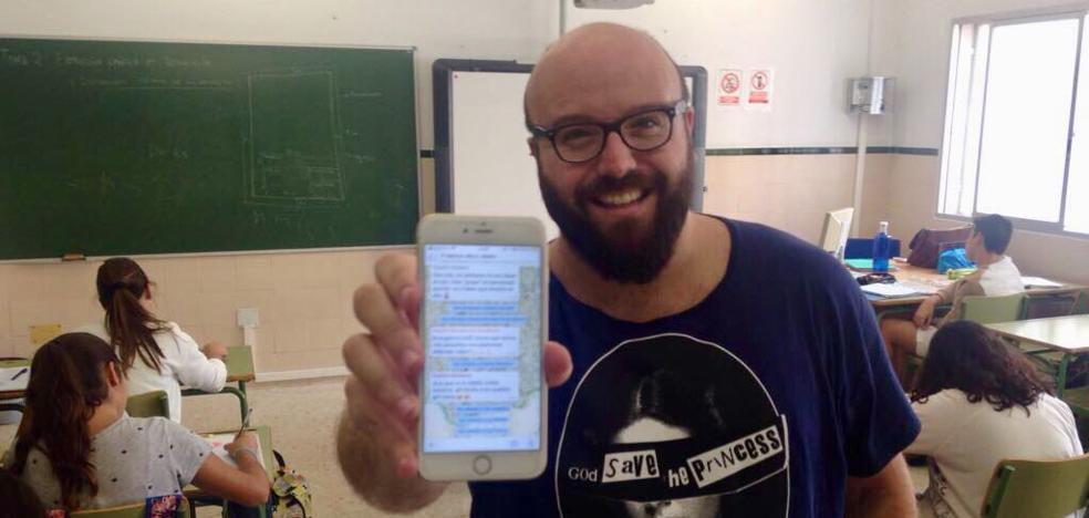 Clase de Historia a través de un grupo de WhatsApp: así enseña un profesor de Mijas