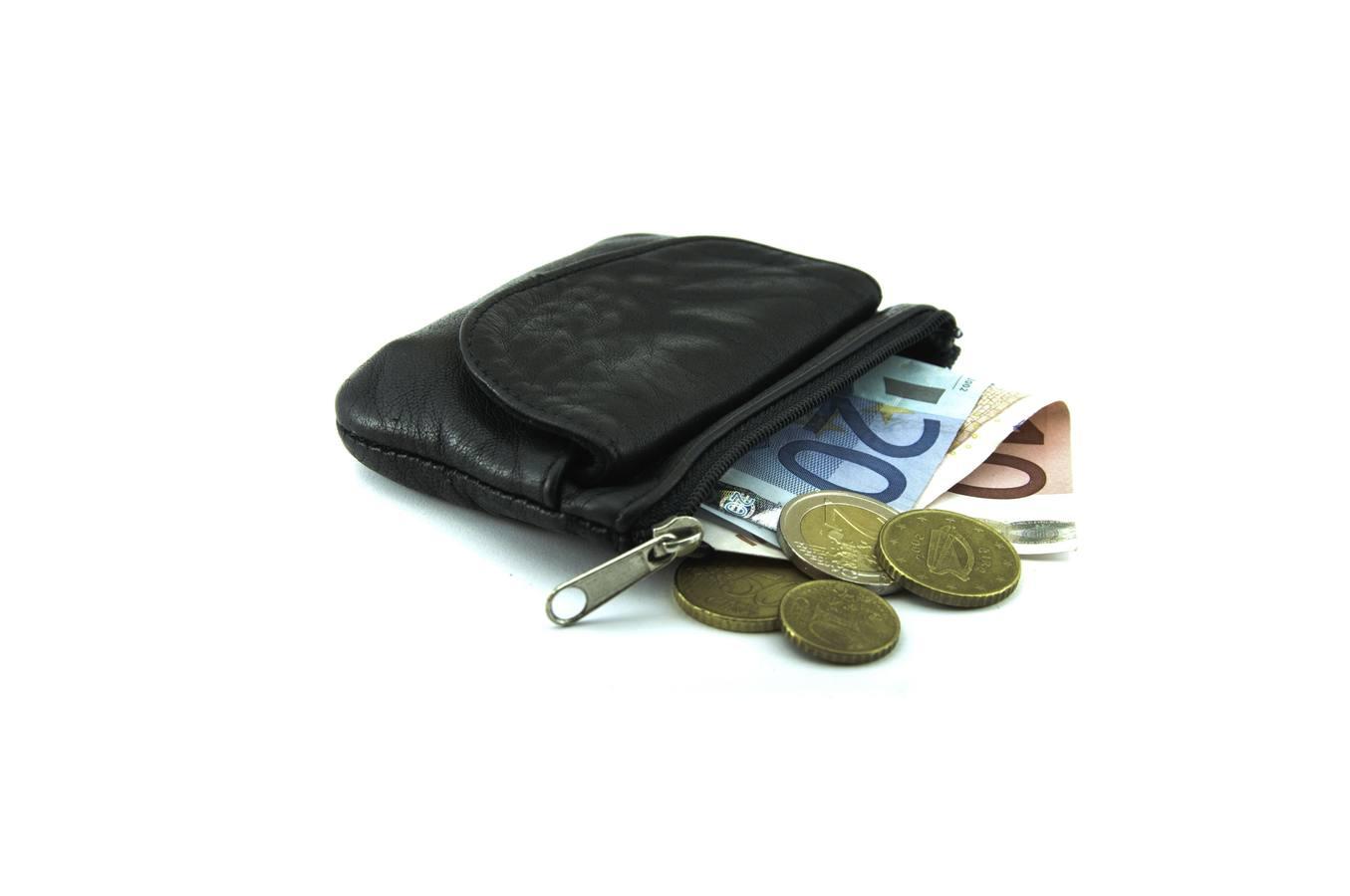 La renta media en Andalucía es de 2.310 euros menos al año que en el resto de España