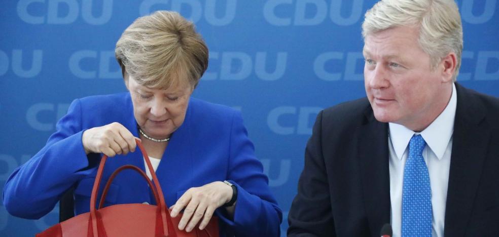 Merkel quita hierro al revés en Baja Sajonia