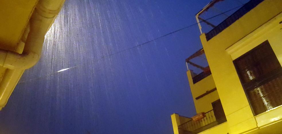 La tormenta deja sin luz a Torremolinos y colapsa el tráfico