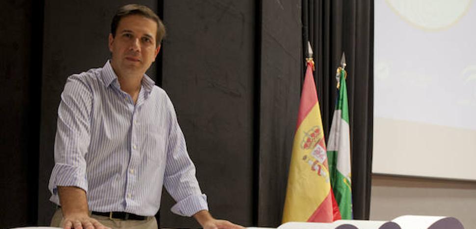 Julio Ruiz Palmero: «El uso del móvil en clase llegará a ser algo normal»