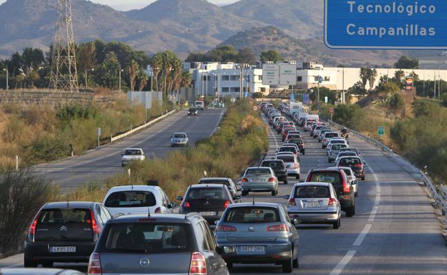 Prioridad de autobuses, desvío de coches particulares y nuevo puente en Campanillas, medidas contra los atascos en el PTA