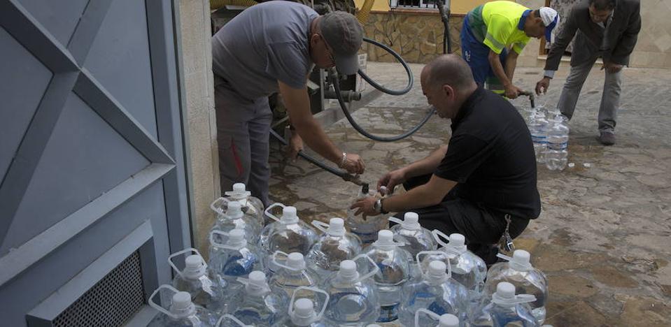 Fuente de Piedra y Casabermeja seguirán abasteciéndose con cubas durante el otoño
