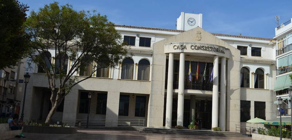 Rincón de la Victoria suprimirá las comuniones y los bautizos civiles
