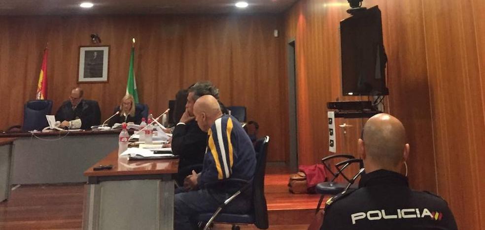 El exlegionario acusado de matar a puñaladas a un policía jubilado en Torremolinos reconoce los hechos