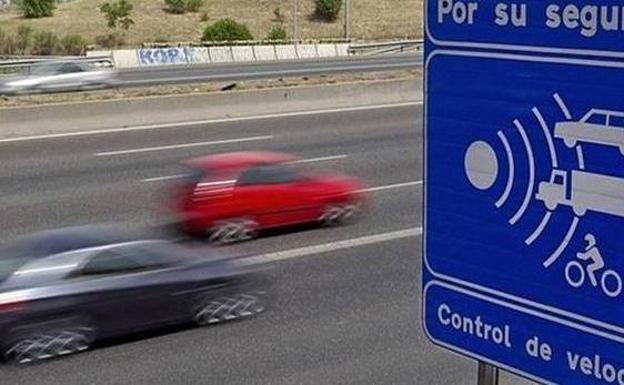 La dgt instala un nuevo radar en la carretera entre ronda for Trazado sinuoso