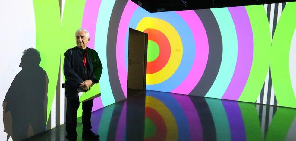 Daniel Buren se proyecta más allá del Cubo del Pompidou