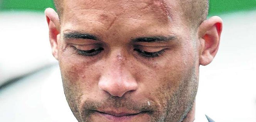Los dos intentos de suicidio del futbolista Carlisle