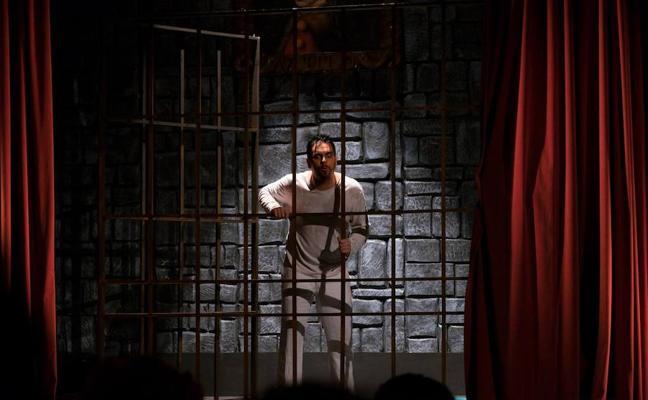 Comediantes Malagueños: entre Drácula y el Tenorio