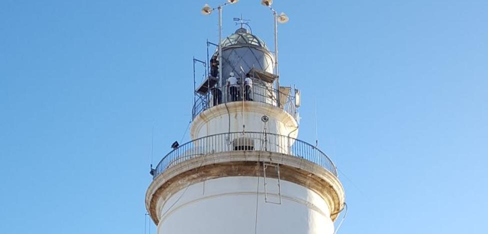 La Farola de Málaga recupera el brillo