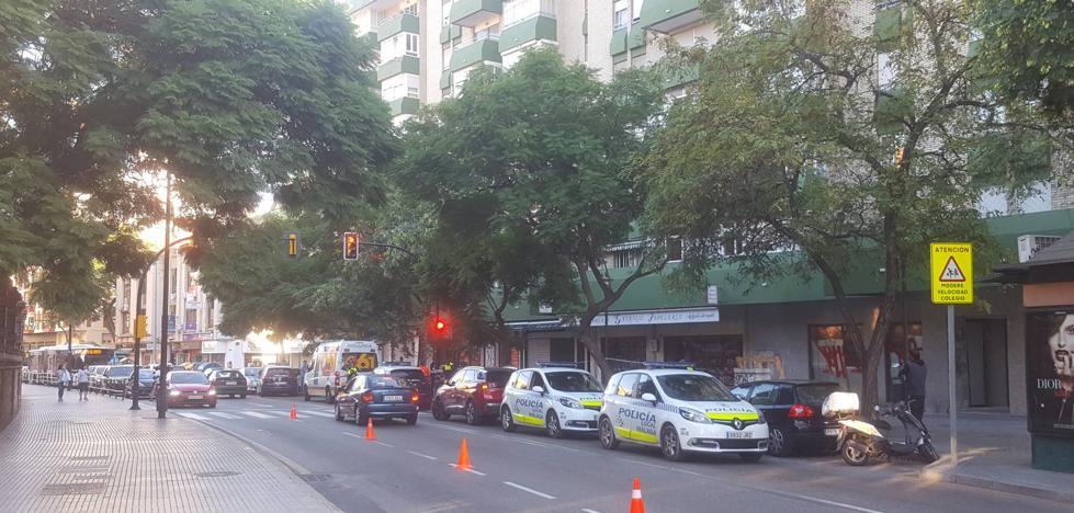 Conmoción en El Palo por la muerte de un niño de 12 años al caer desde un sexto piso