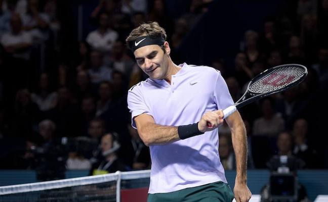 Federer deja en bandeja a Nadal cerrar el año como número uno