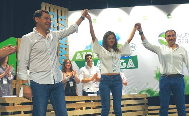 Bendodo pide a la juventud «un impulso» para sacar a Andalucía «del vagón de cola»