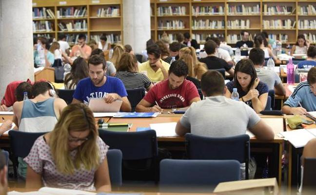 Un tercio de los alumnos de la UMA se benefician de matrícula gratis por aprobar