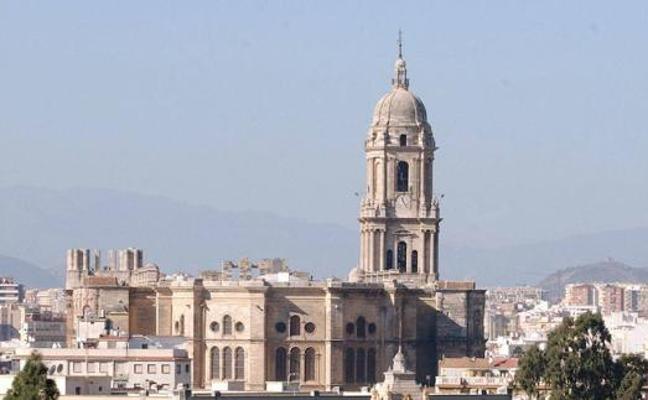 El Parlamento andaluz insta a la Consejería de Cultura a poner solución a las filtraciones de la Catedral de Málaga