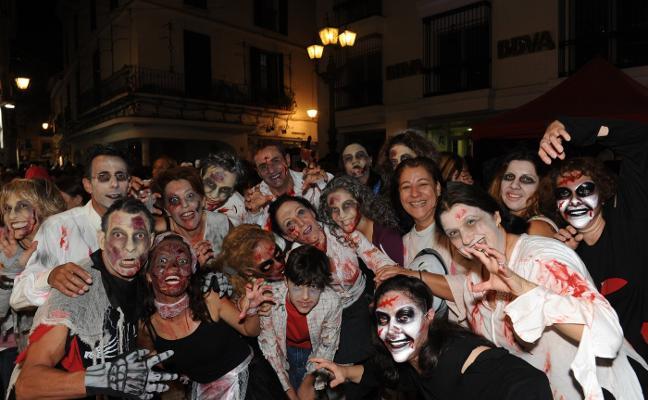 Multitudinario Halloween en el casco antiguo de Marbella