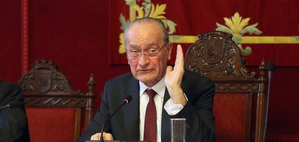 La oposición se queja de que el alcalde monopolice el pleno