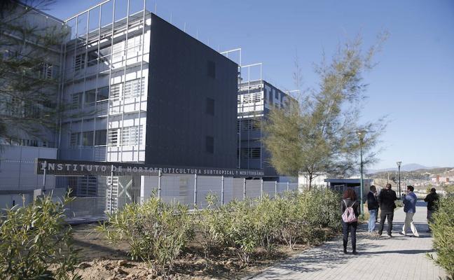 El Instituto de Hortofruticultura une a investigadores de La Mayora y la Universidad