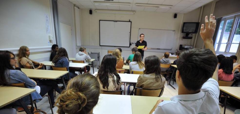 Los profesores andaluces de enseñanza concertada recuperarán el 50% restante de la extra de 2012