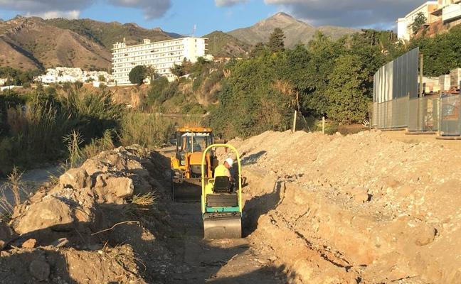 La Junta plantea rebajar al 60% el uso del agua embalsada para regadío en Guadalhorce y Axarquía y reforzar el uso de subterráneas