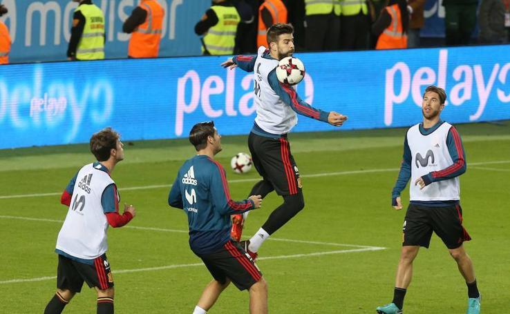 La selección española se entrena en La Rosaleda