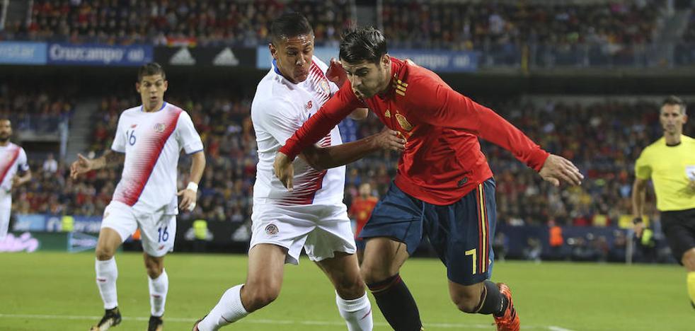 España golea a Costa Rica en La Rosaleda