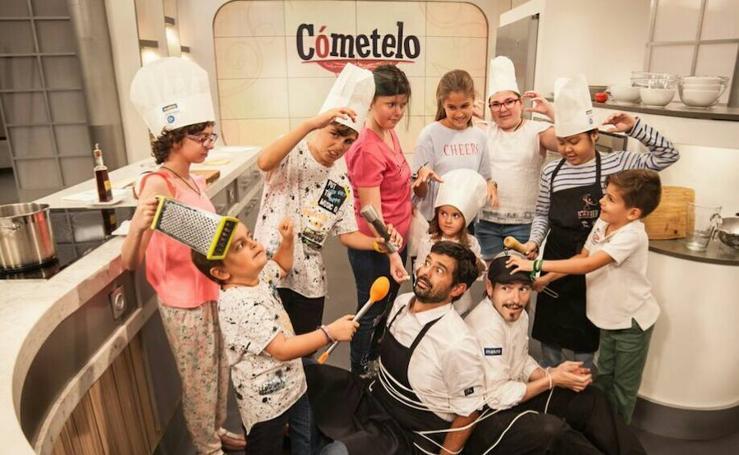 Una veintena de chefs protagonizan el nuevo calendario de AVOI