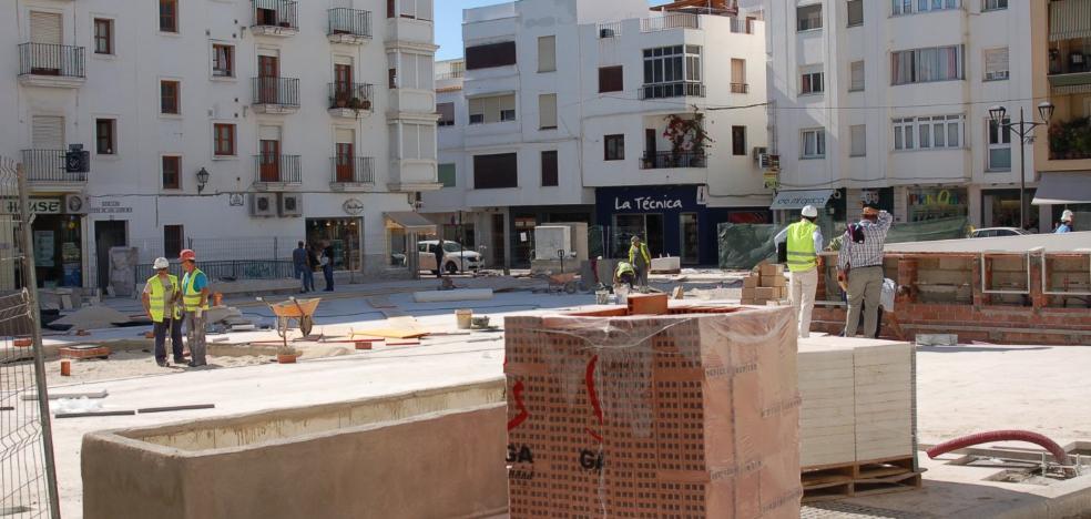 El alcalde anuncia la finalización de las obras de la plaza Antonio Guerrero para el 24 de noviembre