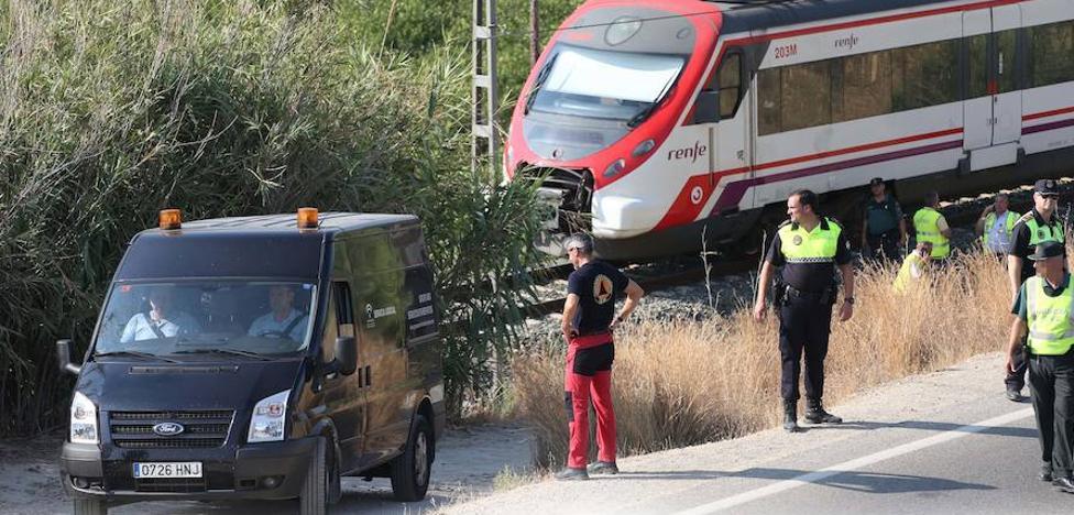 Adif no advirtió la presencia de Lucía en las vías pese a que una cámara la grabó