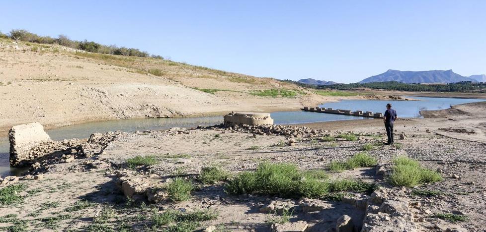 Malas noticias para las reservas hídricas: Aemet descarta lluvias durante esta semana en Málaga