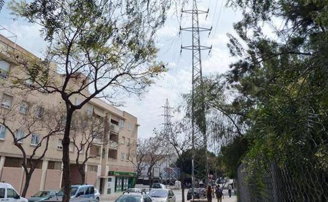 Urbanismo inicia los trámites para soterrar la alta tensión en El Romeral