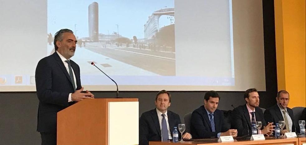 Los empresarios hoteleros de la Costa respaldan el proyecto de la torre del Puerto de Málaga