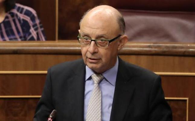 Hacienda investiga si los implicados en los 'papeles del paraíso' se acogieron a la amnistía