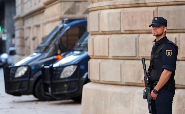 Interior ordena desmantelar parte del dispositivo especial en Cataluña