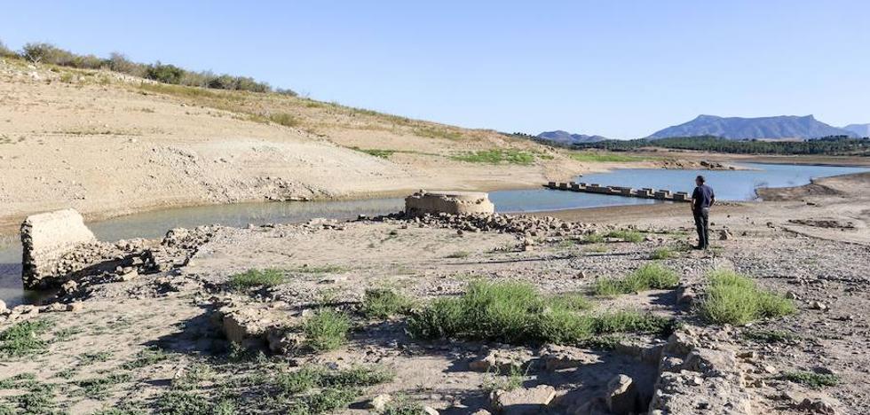 Málaga afronta un nuevo decreto de sequía con las mismas infraestructuras pendientes