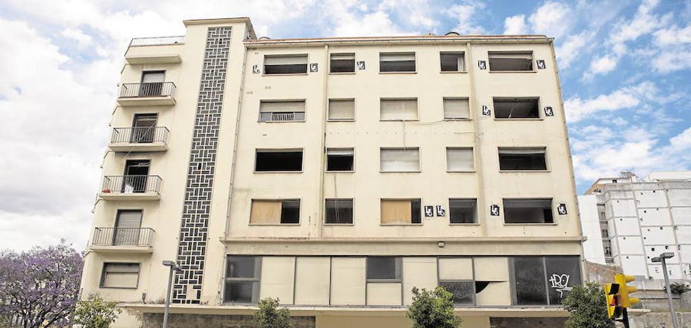 El Ayuntamiento perseguirá los edificios clausurados, pero no incluirá los suyos