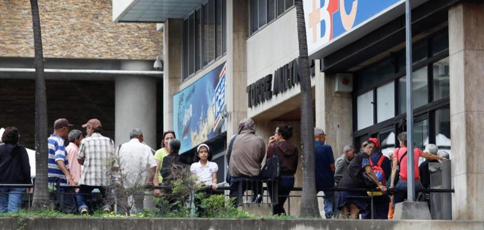 Venezuela, asfixiada por la deuda, obtiene un pequeño respiro de Rusia