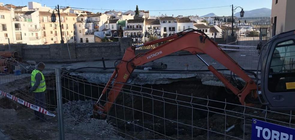 Vecinos piden al Ayuntamiento que les autorice a circular por el Puente Nuevo