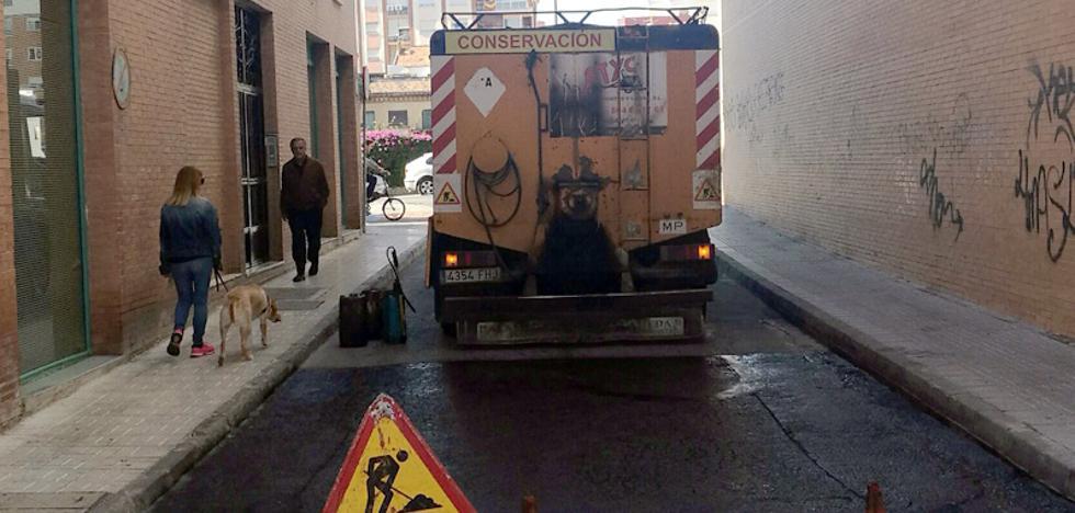 Calle Mariscal: un rebacheo provisional