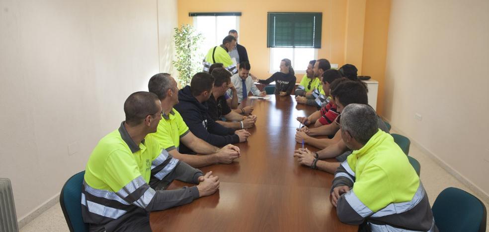 El PSOE y C's aprueban las bases para crear una bolsa de empleo con 75 plazas en Torremolinos