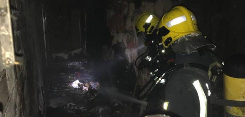 Emergencias 112 gestiona en Málaga más de 500 incendios en viviendas entre enero y octubre