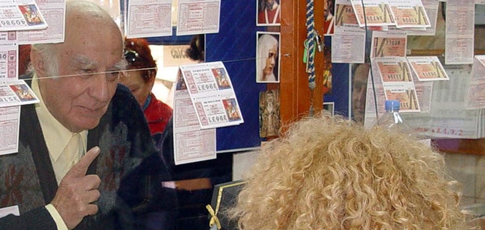 El primer premio de 600.000 euros de la Lotería Nacional toca en Benalmádena y el segundo en Torre del Mar