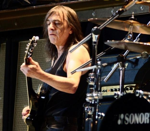 Malcolm Young. :: sur/