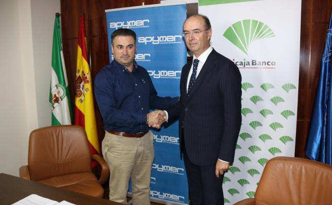 Unicaja y la asociación Apymer renuevan su convenio