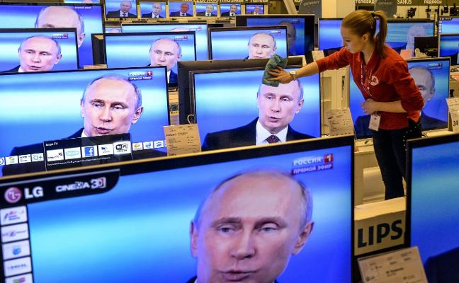 Putin recupera la propaganda soviética