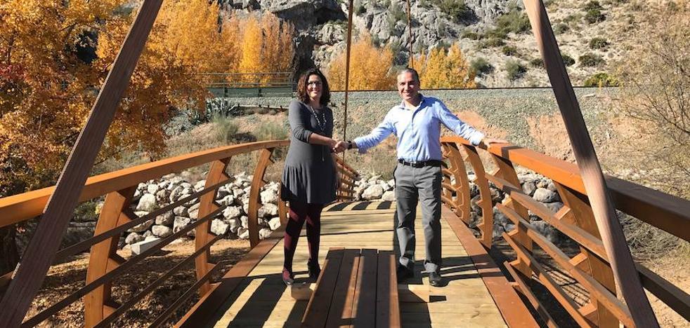La Cueva del Gato contará con un nuevo puente de acceso a principios de diciembre